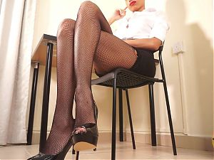 Goddess Rosie Reed, Secretary in Fishnets, Leg Crossing Fetish