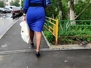 Prewiew juicy ass milfs in tight dress (2 video for 3$)